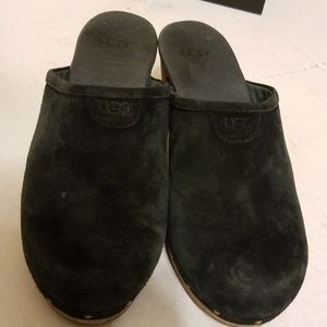 UGG Shoes - Ugg Abbie clogs women's shoes size 7